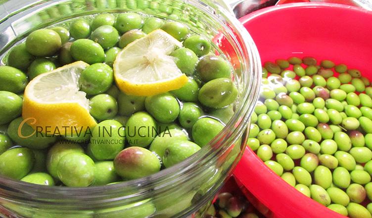 Olive verdi ( Pasole ) in acqua ricetta di Creativaincucina