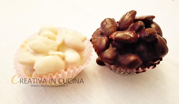 Dolcetti di mandorle e cioccolato ricetta di Creativaincucina