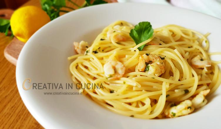Spaghetti alla chitarra con gamberi e limone ricetta di Creativaincucina