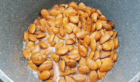 Mandorle pralinate ricetta semplice ricetta di Creativaincucina