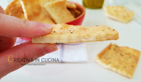 Crackers speziati fatti in casa ricetta di Creativa in cucina