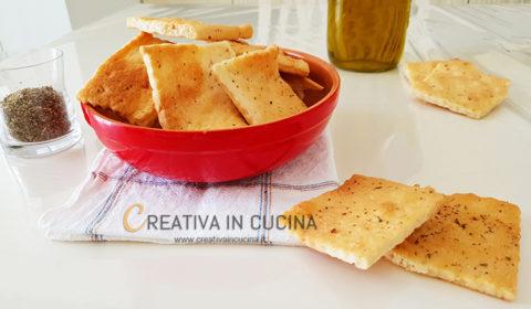 Crackers speziati fatti in casa