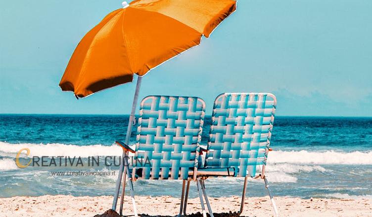 Il pranzo migliore quando si è in spiaggia sotto l'ombrellone