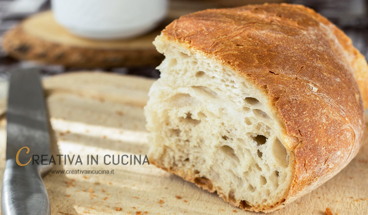 Pane fatto in casa: ricetta base, consigli e segreti
