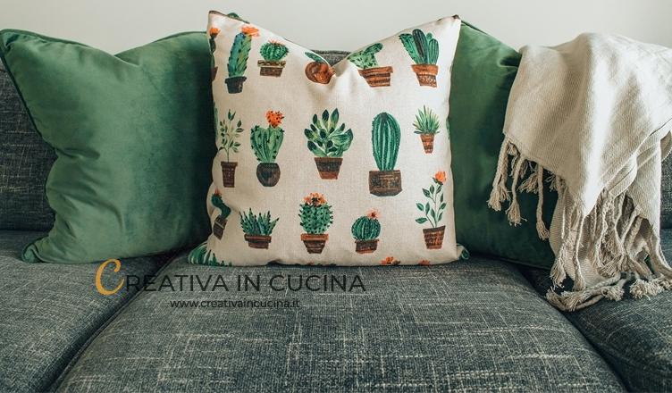 Come pulire le macchie dal divano in tessuto non sfoderabile