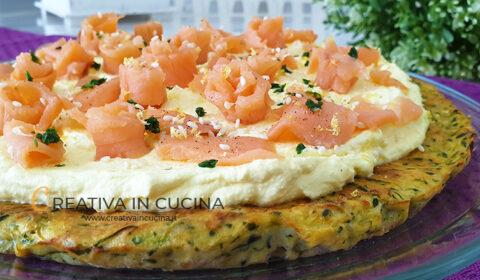 Torta salata di zucchine e salmone