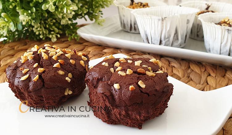 Muffin al cioccolato senza lievito e farina ricetta di Creativa in cucina