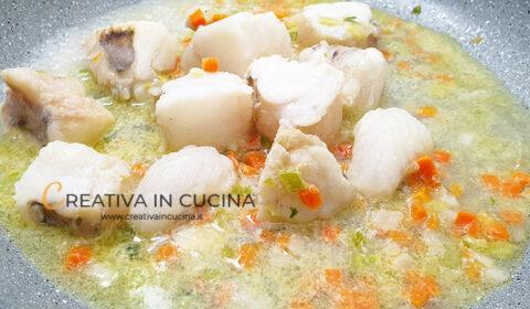 Rana pescatrice alla mediterranea ricetta di Creativa in cucina